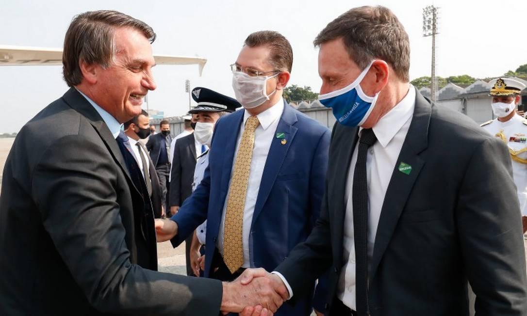 O presidente Jair Bolsonaro e o prefeito Marcelo Crivella durante cerimônia no Rio de Janeiro Foto: Alan Santos/Presidência/10-09-2020