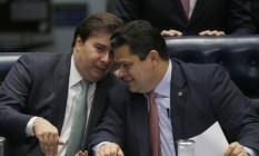 Os presidentes da Câmara e do Senado, Rodrigo Maia e Davi Alcolumbre Foto: Jorge William / Agência O Globo