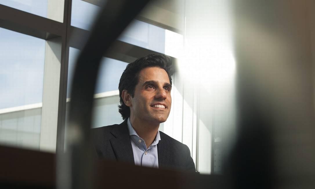 Christian Gebara, presidente da Vivo, fala do projeto de oferecer serviços financeiros, educação à distância Foto: Carol Carquejeiro / Agência O Globo