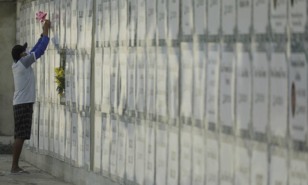 Cemitério São João Batista, em Botafogo, Zona Sul do Rio Foto: Gabriel de Paiva / Agência O Globo
