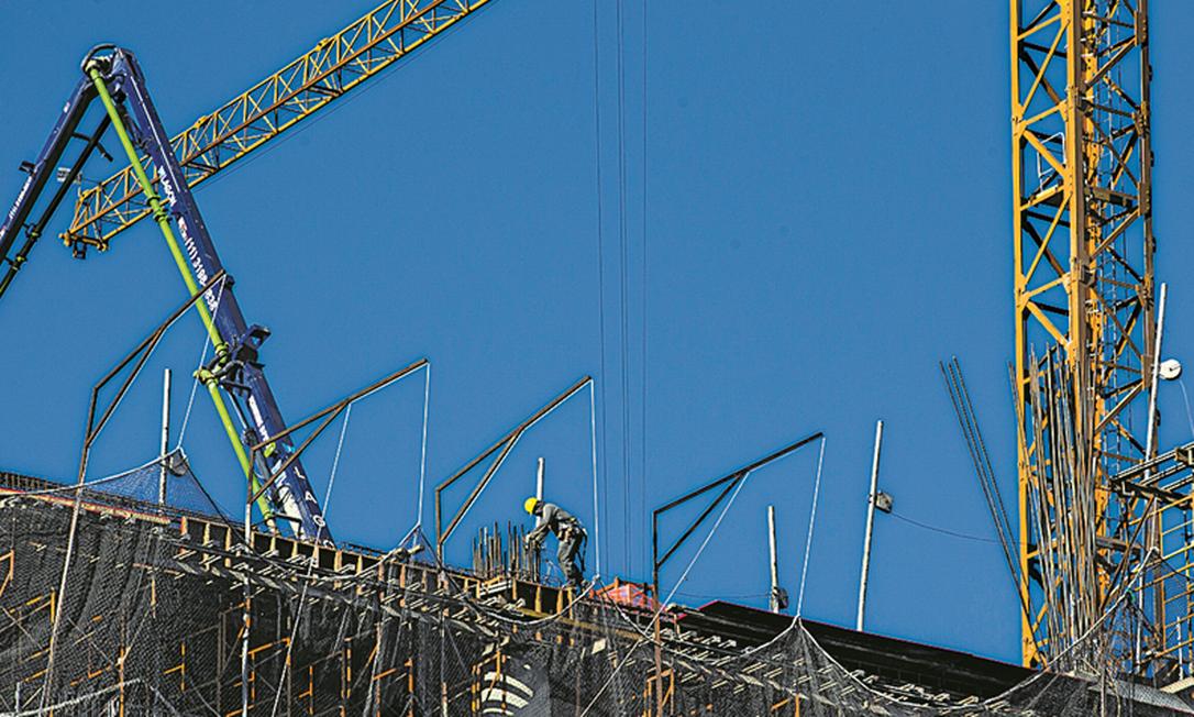 Construção civil será um dos setores afetados se veto não for derrubado no Congresso Foto: Edilson Dantas