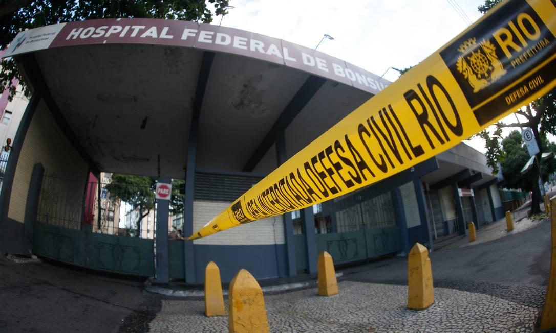Hospital de Bonsucesso está parcialmente interditado após incêndio Foto: ROBERTO MOREYRA / Agência O Globo