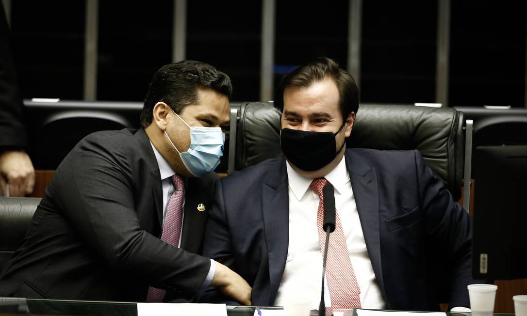 Alcolumbre e Maia, em sessão solene no Congresso Foto: Pablo Jacob/9-9-2020