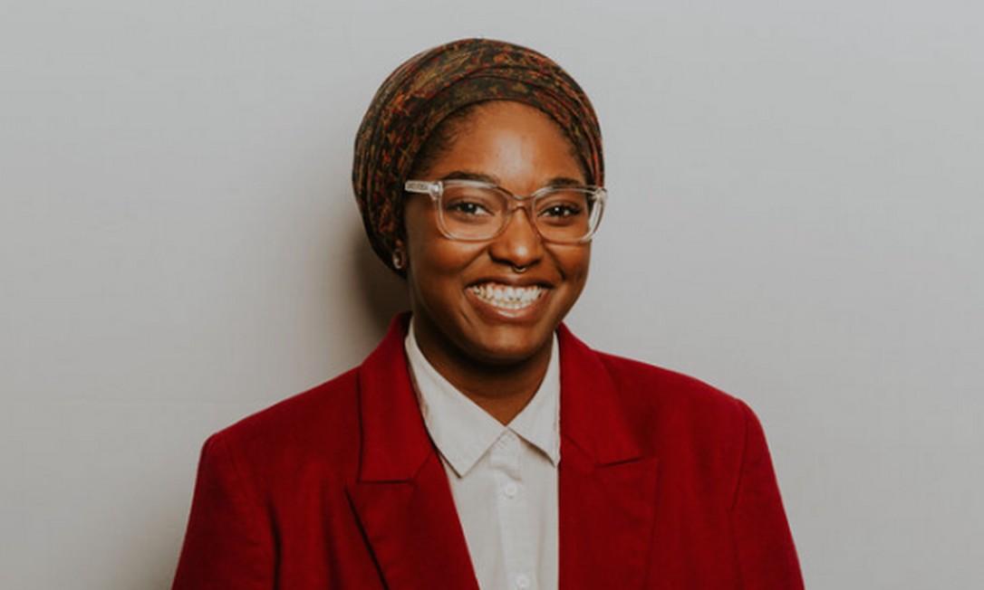Novata na política, Mauree Turner venceu a eleição para um cargo na Câmara Estadual de Oklahoma, tornando-se a primeira pessoa não-binária a atuar como legisladora estadual, e a primeira muçulmana eleita no Estado Foto: Reprodução/Instagram