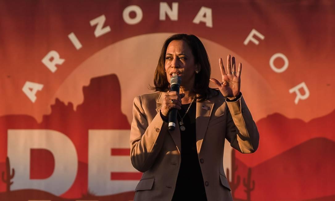 Kamala Harris fala durante um comício de campanha em Phoenix, Arizona, em 28 de outubro.  Foto: Ariana Dressler / AFP
