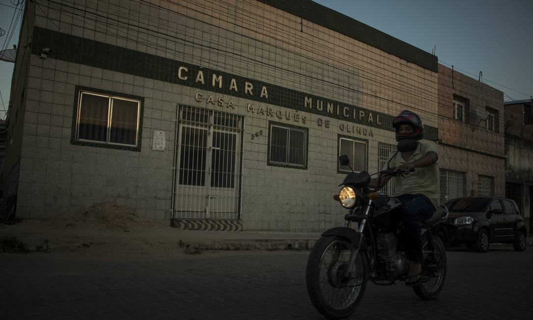 A Câmara Municipal de Gameleira, onde dois vereadores de oposição foram mortos Foto: Guito Moreto / Agência O Globo