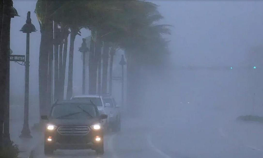 Tempestade Eta deixa Cuba e se fortalece novamente em direção à Flórida Foto: AP - Joe Cavaretta
