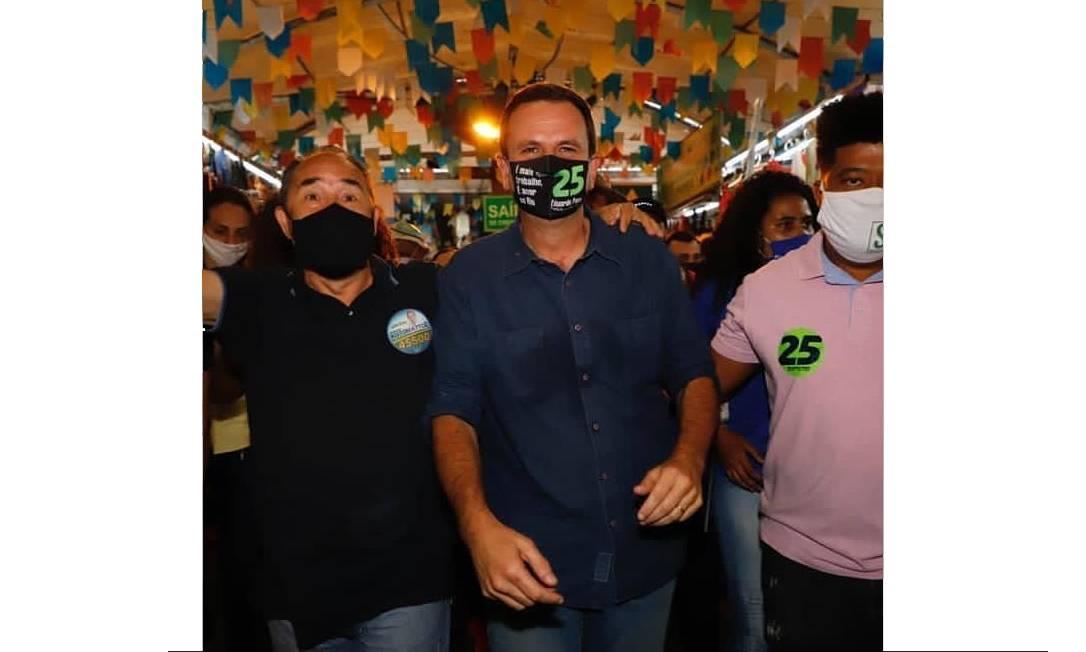 Eduardo Paes (DEM) visitou a Feira de Tradições Nordestinas, em São Cristóvão, Zona Norte do Rio Foto: Redes Sociais / Reprodução - 08/11/2020