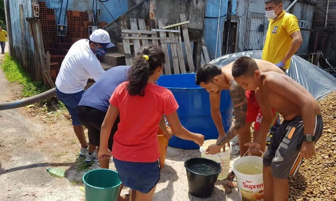 Moradores do Amapá recorrem a poços e caixas d'água diante do apagão que assola o estado Foto: Divulgação