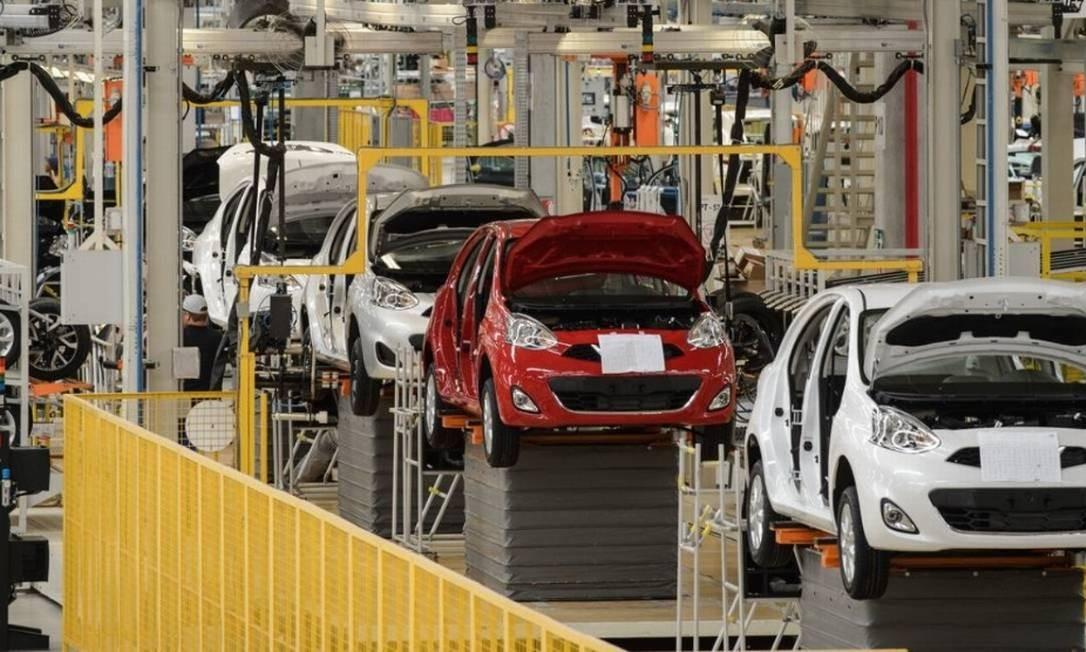 Indústria está se recuperando, especialmente puxada pelos bens de consumo duráveis, como os da indústria automotiva Foto: Yasuyoshi Chiba / AFP