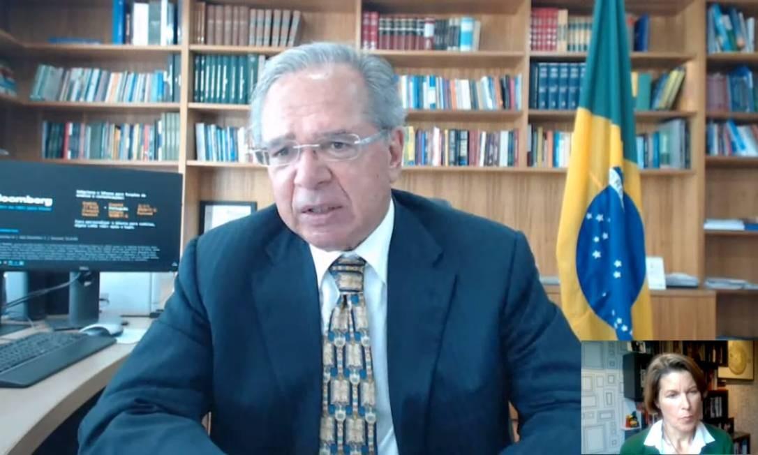 O ministro da Economia, Paulo Guedes, participa de transmissão ao vivo para o mercado financeiro internacional Foto: Reprodução