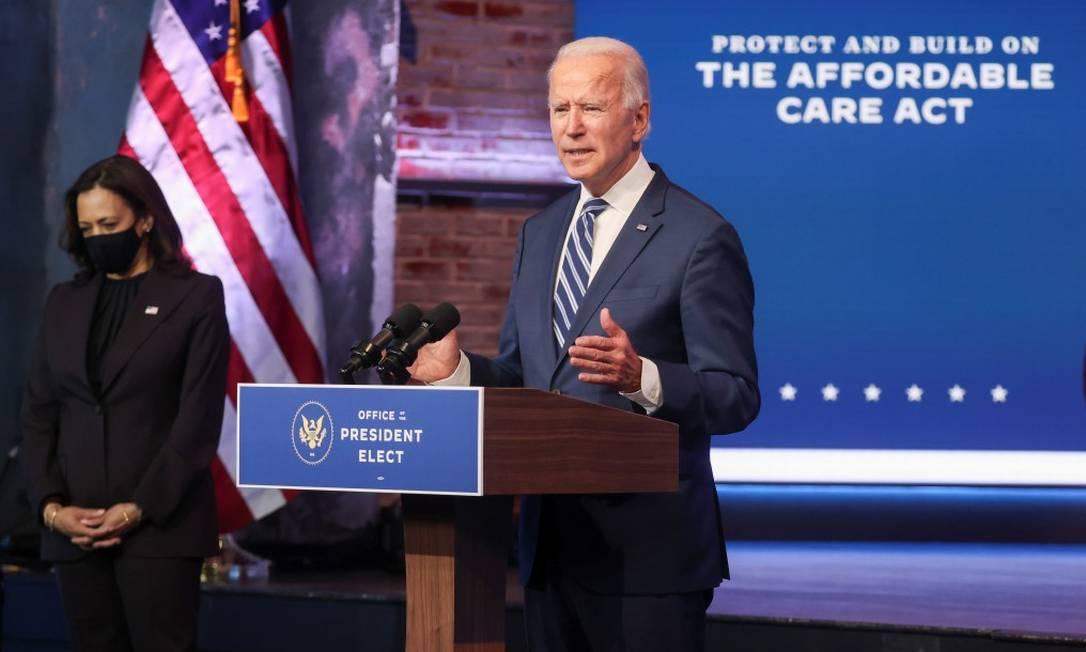 Joe Biden, presidente eleitos dos EUA, e sua vice, Kamala Harris: 'Briefings são úteis, mas podemos seguir adiante sem eles', disse Foto: JONATHAN ERNST / REUTERS
