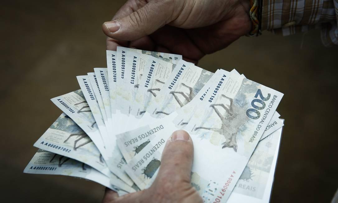 As novas notas de R$ 200 Foto: Pablo Jacob / Agência O Globo