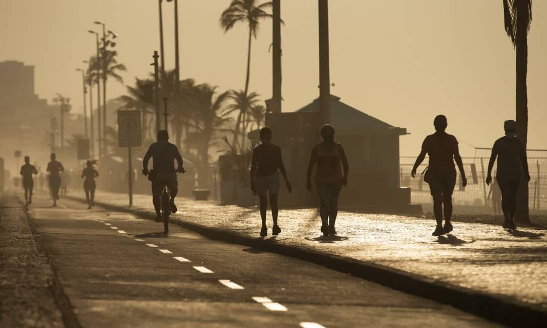 Com chamada 'fase conservadora', ruas do Rio têm se aproximado cada vez mais do 'antigo normal', apesar da pandemia Foto: Márcia Foletto em 28-10-2020 / Agência O Globo