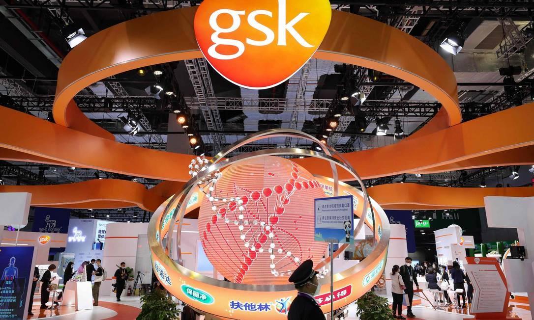 Logo da farmacêutica GSK em evento na China Foto: STR / AFP