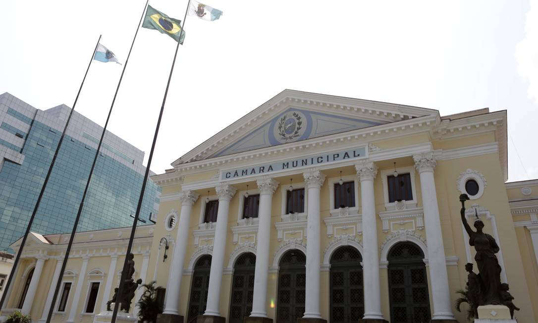 Câmara municipal de Niterói tem orçamento de R$ 69,5 milhões e sérios problemas na publicação dos gastos, segundo relatório da ONG Trnasparência Brasil. Foto: Luiza Moraes / Agência O Globo