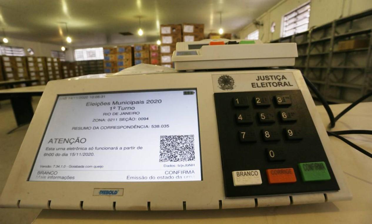 Prática, fácil e segura: urna eletrônica mudou o processo eleitoral brasileiro Foto: Cléber Júnior / Agência O Globo