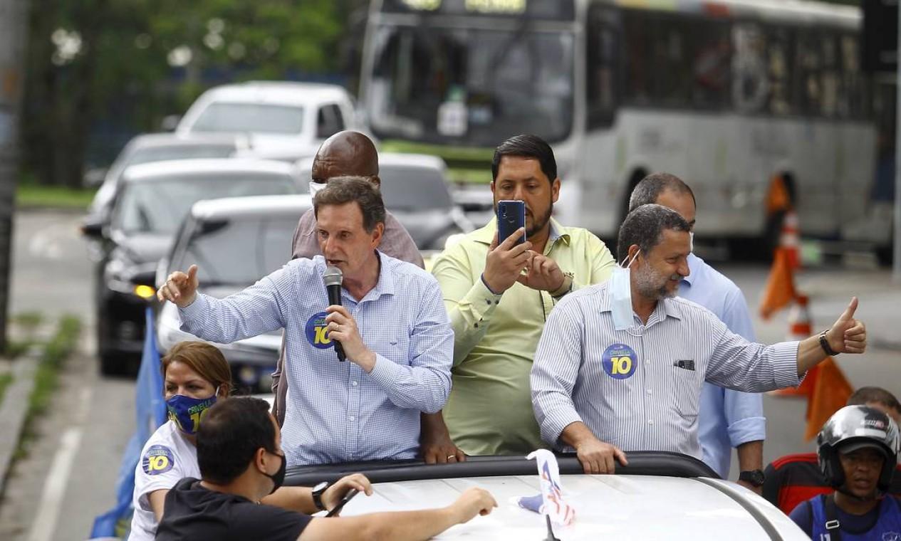 Marcelo Crivella (Republicanos) fez carreata pela Zona Norte Foto: Guilherme Pinto / Agência O Globo