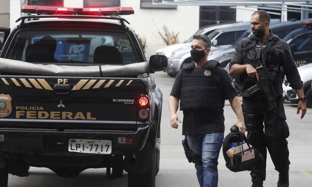 Operação Sólon que visa apurou atuação de milícias em eleições Foto: Fabiano Rocha / Agência O Globo