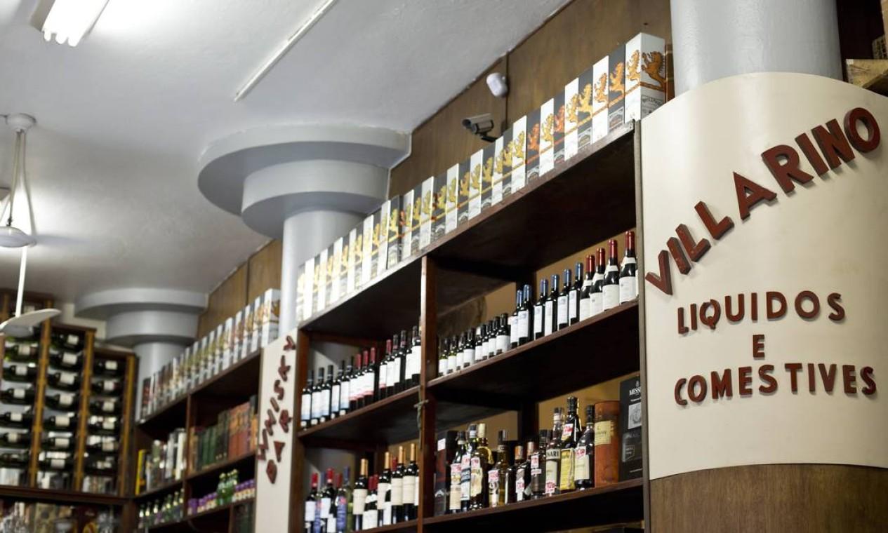 No passado, era no Villarino que intelectuais, músicos, funcionários do Judiciário se encontravam para beber e conversar Foto: Ana Branco / Agência O Globo