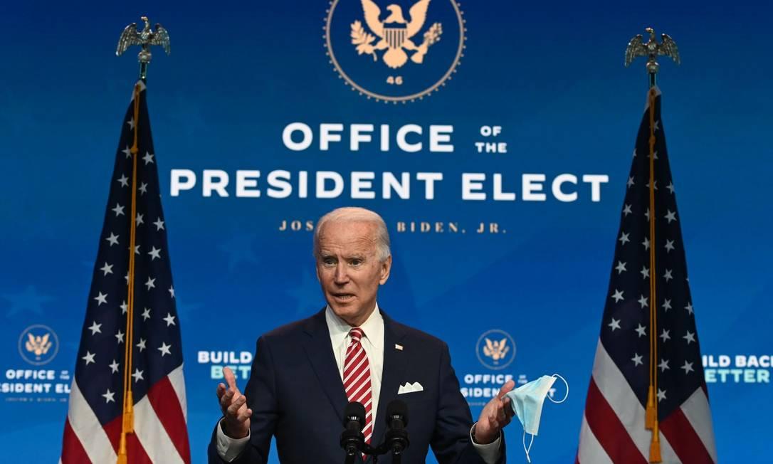 Presidente eleito dos EUA, Joe Biden, durante comunicado à imprensa Foto: ROBERTO SCHMIDT / AFP / 16-11-2020
