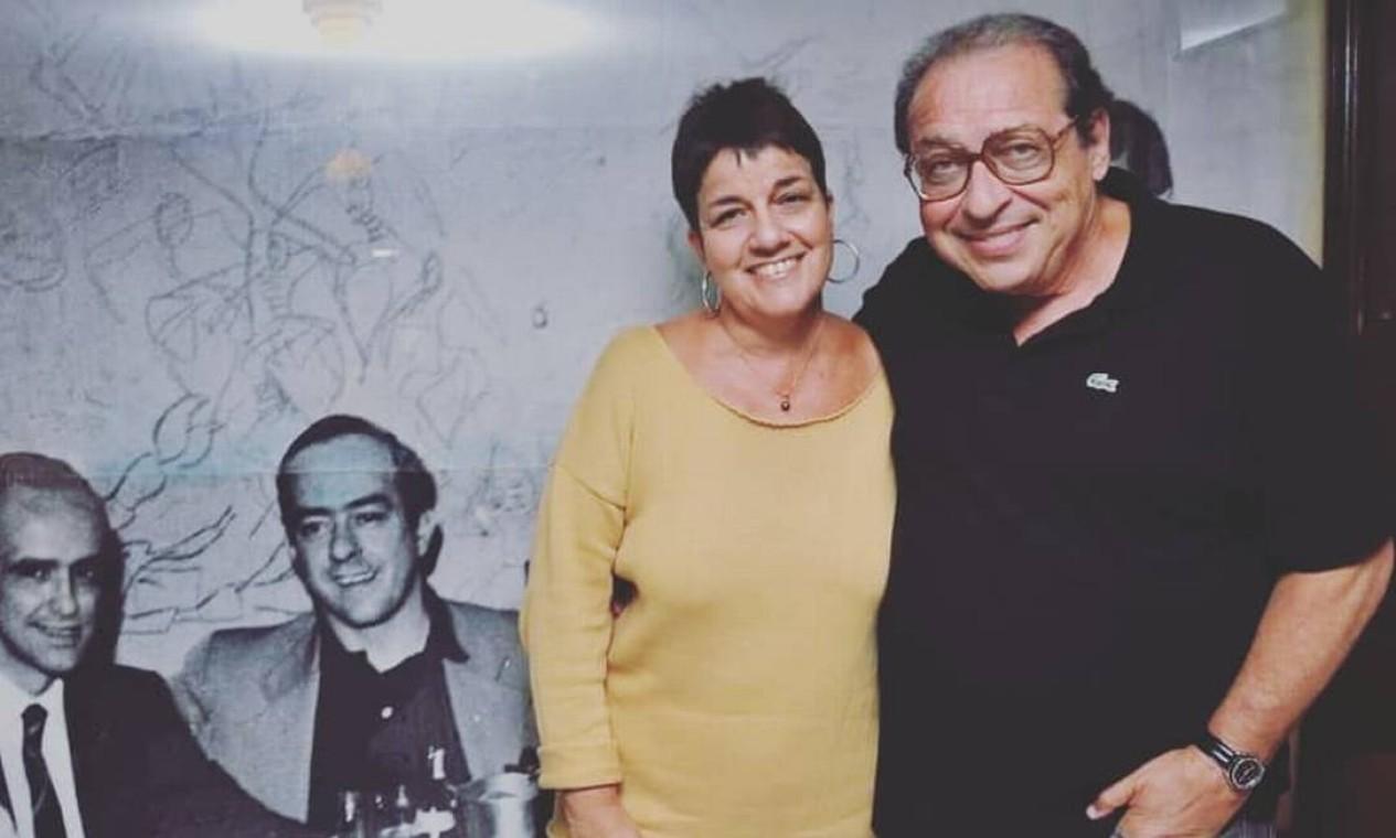 Os escritores Heloísa Seixas e Ruy Castro no Villarino em 21/06/2018 Foto: Reprodução Instagram