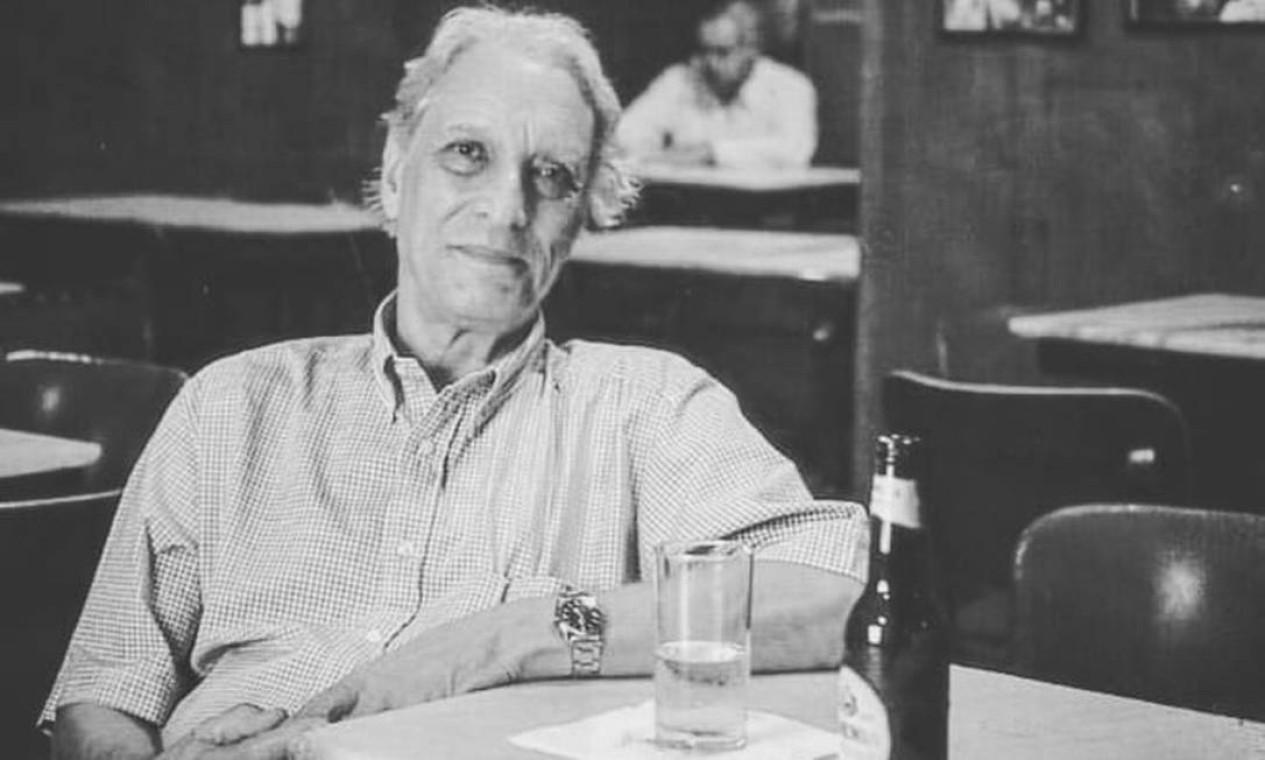O escritor Luiz Alfredo Garcia-Roza (1936-2020) foi frequentador assíduo da Casa Villarino por décadas Foto: Reprodução / Instagram - 16/04/2019