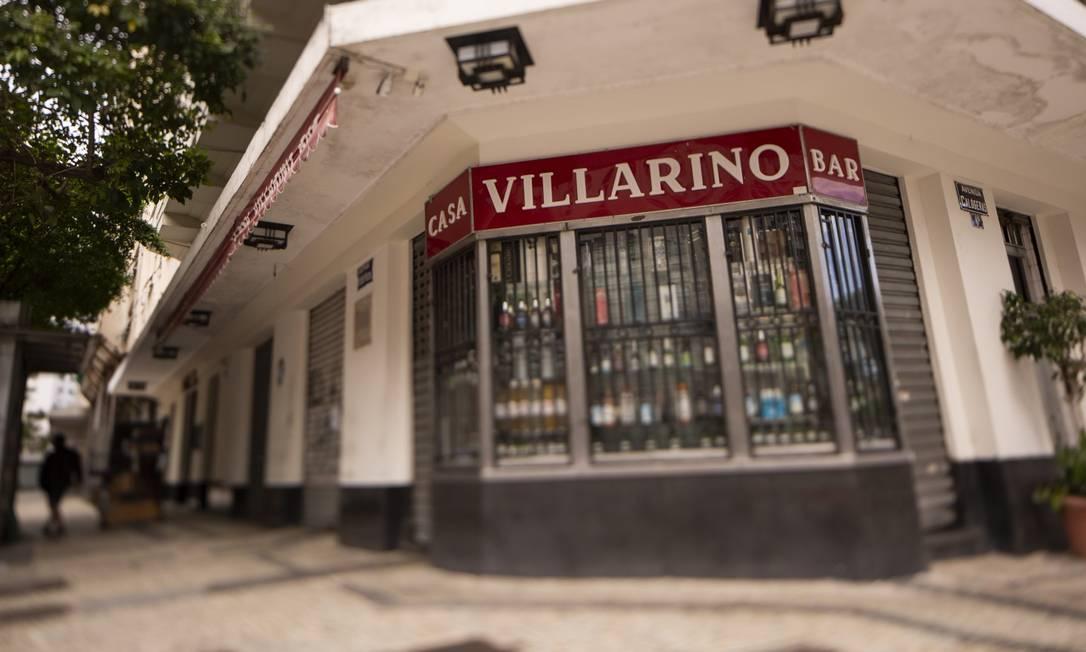 A fachada da Casa Villarino, fundada há 67 anos na Avenida Calógeras com a Presidente Wilson: clientes sumiram com a pandemia Foto: Gabriel Monteiro / Agência O Globo