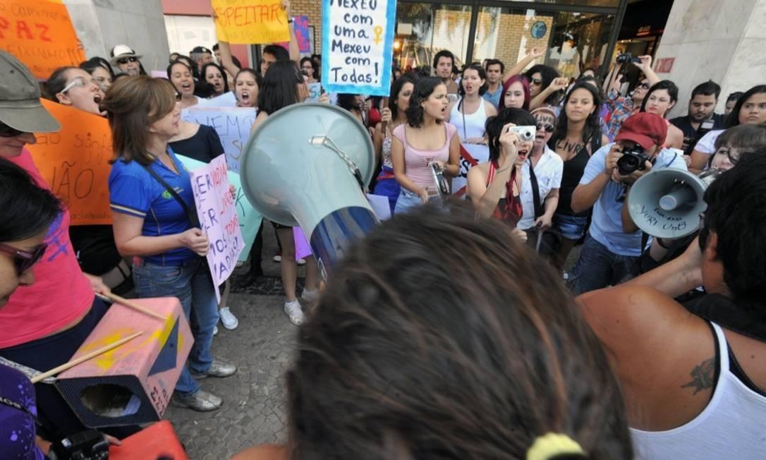 Mulheres não chegam à metade das pessoas eleitas para ocupar as Câmaras municipais em 2021 Foto: Agência Brasil