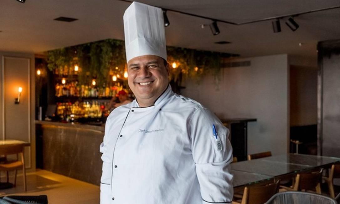O chef Jesse Valentim é o responsável pela cozinha do Tre Torri Foto: Alex Mendes / Divulgação