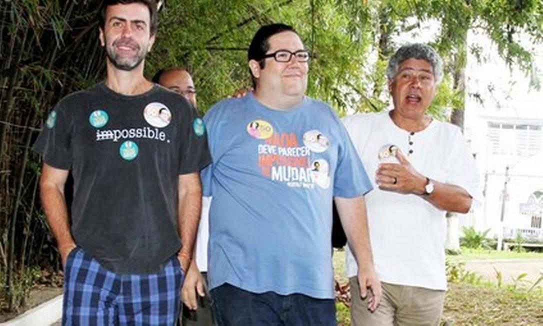 Marcelo Freixo (esquerda) chegou a defender voto em Paes; Tarcísio Motta e Chico Alencar foram contrários ao apoio Foto: Reprodução/ Foto de arquivo