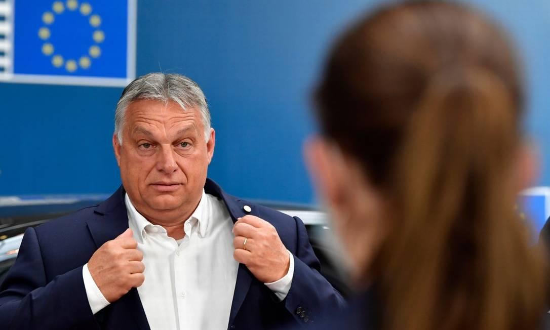 Premier húngaro, Viktor Orbán, durante cúpula europeia sobre a pandemia de Covid-19 Foto: JOHN THYS / AFP / 19-7-2020
