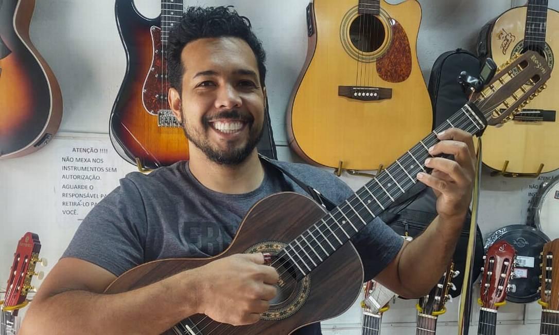 Jan Rios, da Cidade de Deus, é um dos inscritos no projeto Música Contemporânea nas Comunidades Foto: Acervo Pessoal