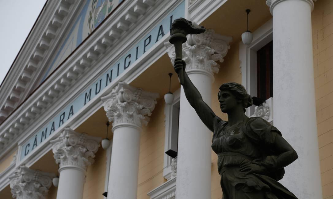 Fachada da Câmara Municipal de Niterói, no Centro Foto: Roberto Moreyra / Agência O Globo