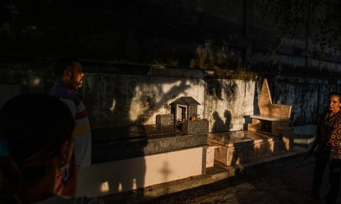 Túmulo de José Carmelo Bislick em Guiria, Venezuela Foto: Adriana Loureiro Fernandez / New York Times