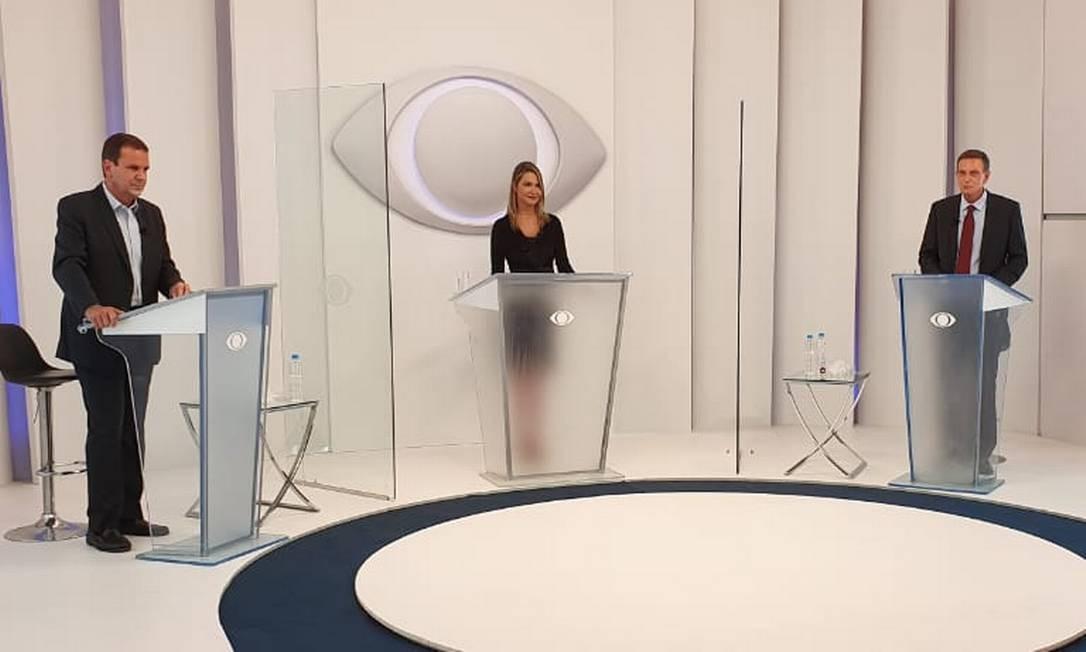 Paes e Crivella participam do primeiro debate na TV no segundo turno Foto: Divulgação