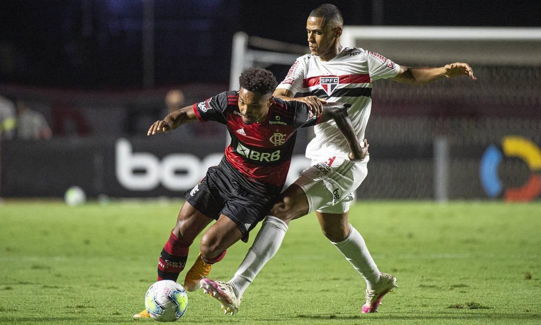 Vitinho, do Flamengo, durante derrota para o São Paulo na Copa do Brasil Foto: Alexandre Vidal/Flamengo