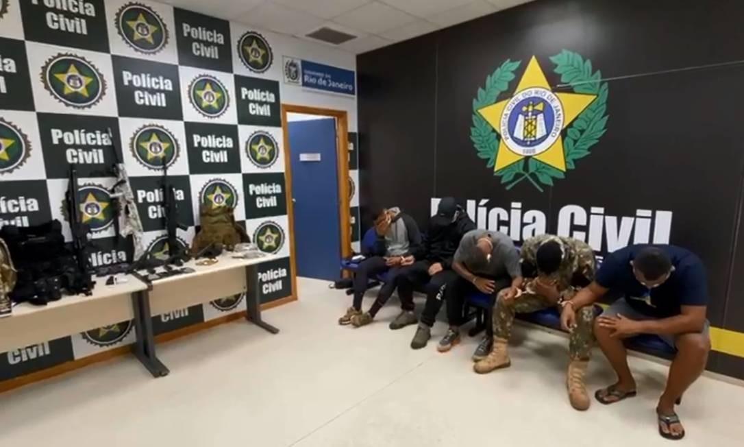 Homens foram presos em flagrante em operação da força-tarefa da Polícia Civil contra a narcomilícia Foto: Divulgação / Polícia Civil