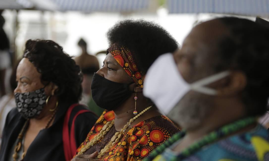 A programação no monumento começou com uma alvorada e foi seguida por uma homenagem aos ancestrais e às pessoas vítimas da Covid-19 Foto: Domingos Peixoto / Agência O Globo