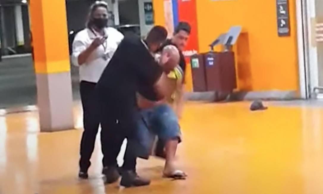 João Alberto Silveira Freitas, de 40 anos, foi morto espancado por seguranças Foto: Reprodução
