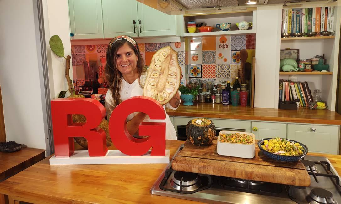 A chef Tati Lund, do .Org, ensina receitas vegetarianas com jaca Foto: Reprodução