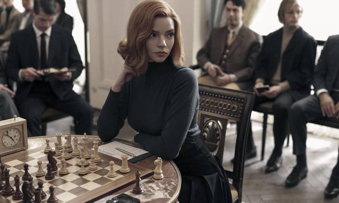 """A protagonista Beth Hamon, da séria """"O Gambito da Rainha"""" Foto: Charlie Gray / CHARLIE GRAY/NETFLIX"""