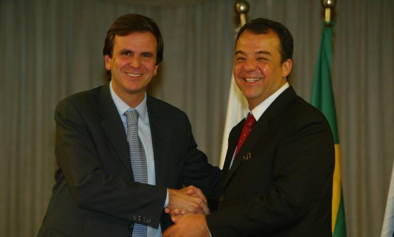 Governador eleito do Rio, Sérgio Cabral, anuncia Eduardo Paes como secretário de Turismo, Esporte e Lazer Foto: Domingos Peixoto / Agência O Globo