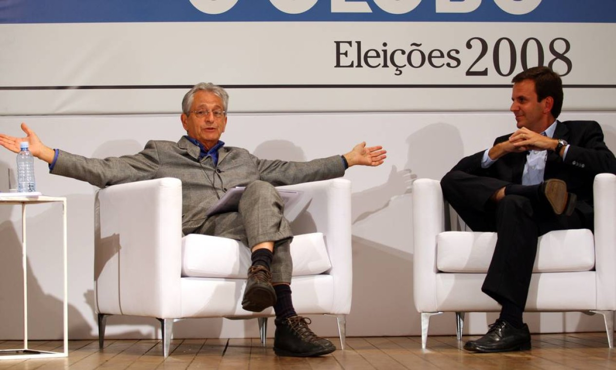 Debate entre os candidatos Eduardo Paes e Fernando Gabeira, nas eleições de 2008 Foto: Gabriel de Paiva / Agência O Globo