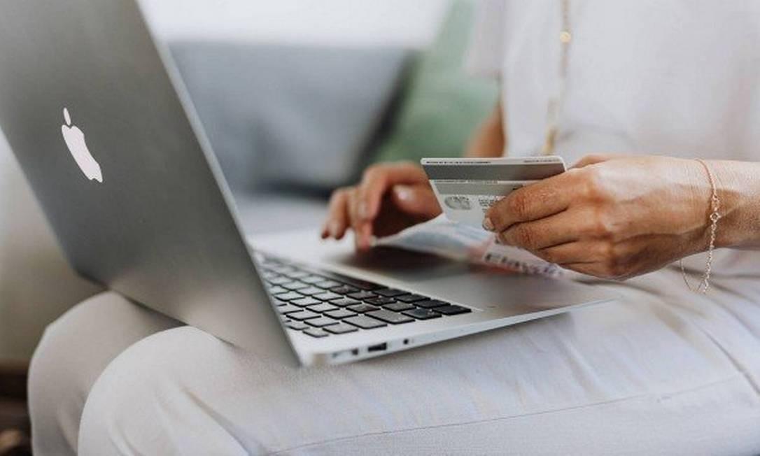 Aumento de compras on-line durante a pandemia levou e-commerce para o topo da lista de empresas mais reclamadas do Procon-RJ Foto: Pixel