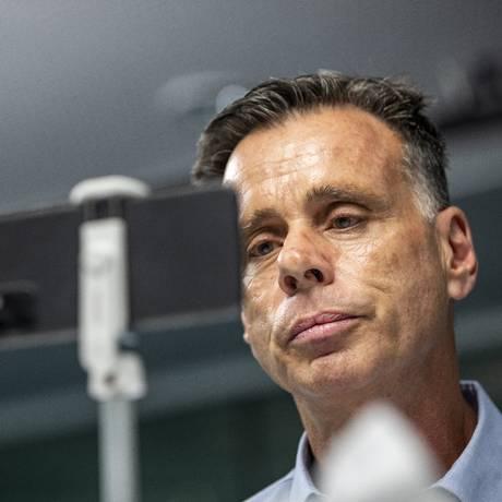 O colunista Lauro Jardim entrevista o prefeito e candidato à reeleição, Marcelo Crivella Foto: Ana Branco / Agência O Globo