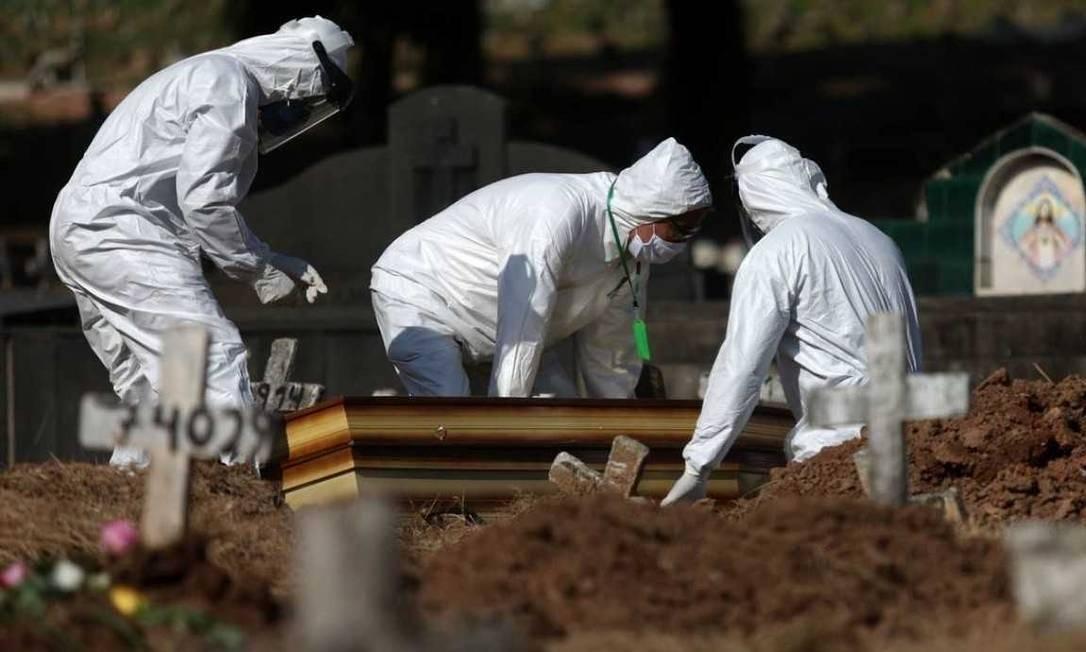 Brasil se aproxima de 170 mil mortes de Covid-19 Foto: Fábio Motta/Agência O Globo