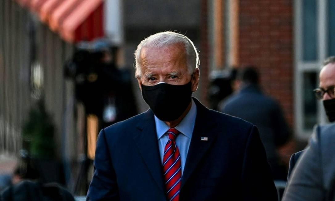 Presidente eleito dos Estados Unidos, Joe Biden, após videoconferência com a associação de prefeitos do país Foto: CHANDAN KHANNA / AFP / 23-11-2020