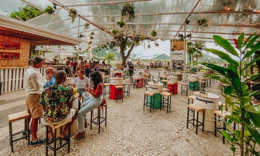 Bosque Bar, novo varandão no Jockey, com entrada pela Gávea Foto: Divulgação/Lali Moss