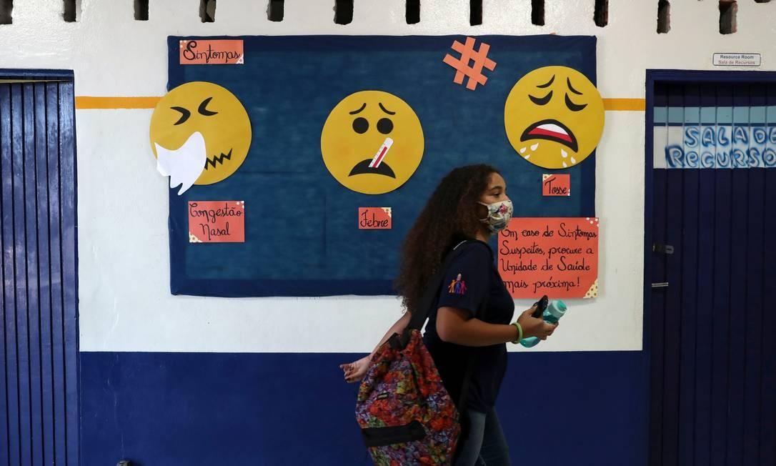 Aluna no Colégio estadual Professor Milton da Silva Rodrigues em São Paulo Foto: Amanda Perobelli/Reuters / Reuters